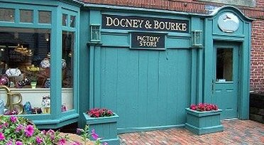 Cozy entrance to Dooney & Bourke Outlet Store