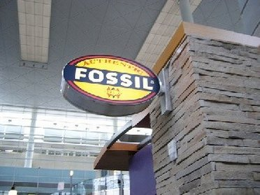 Store sign from Fossil Outlet Store
