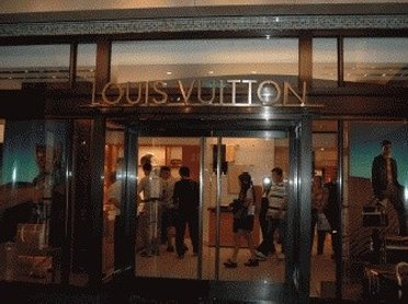 louis vuitton outlet shopping