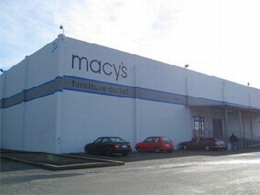 Outside view of Macys Outlet