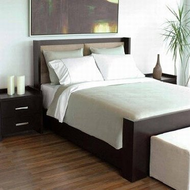 A classy double bed from Sleeper Center outlet store