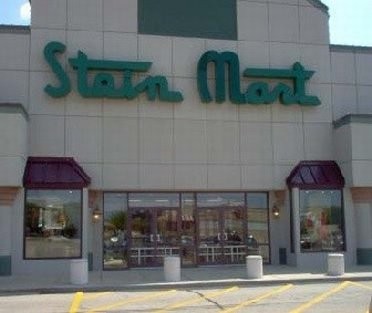 Outside Stein Mart outlet store