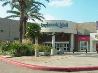 Outside view of Baybrook Mall