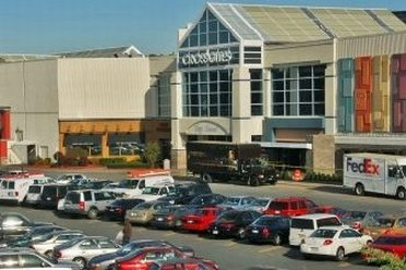 Factory Outlet Malls in Albany on tentrosegaper.ga See reviews, photos, directions, phone numbers and more for the best Outlet Malls in Albany, NY.