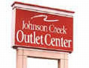 Johnson Creek Outlet Mall