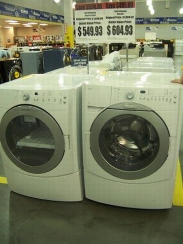 A sale of washing machines at Sears