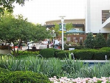 Oakbrook Mall In Illinois