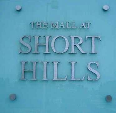 The Mall at Short Hills Mall sign