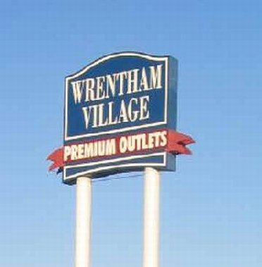Wrentham Mall Road Sign